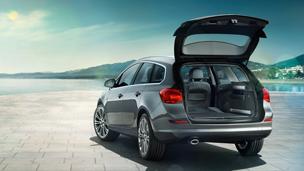 Opel astra sports tourer в кредит