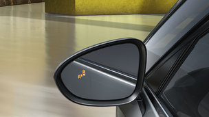 New Opel Zafira Tourer - Side Blind Spot Alert